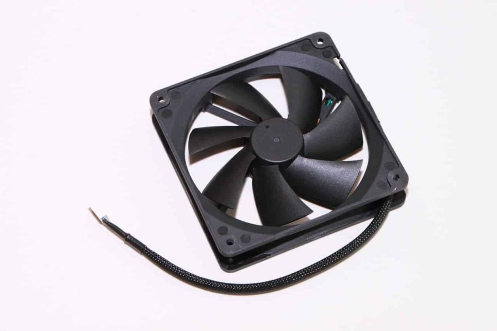 How to Connect Extra Fans to Your PC 6