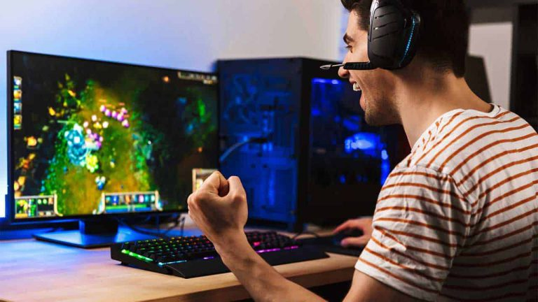 How Many Watts Should a Gaming PC Have?