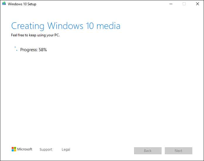 windows 10 is being copied onto USB drive