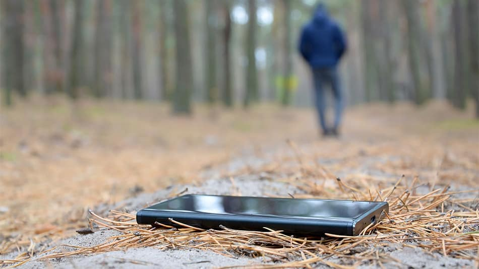 man loses phone in forest